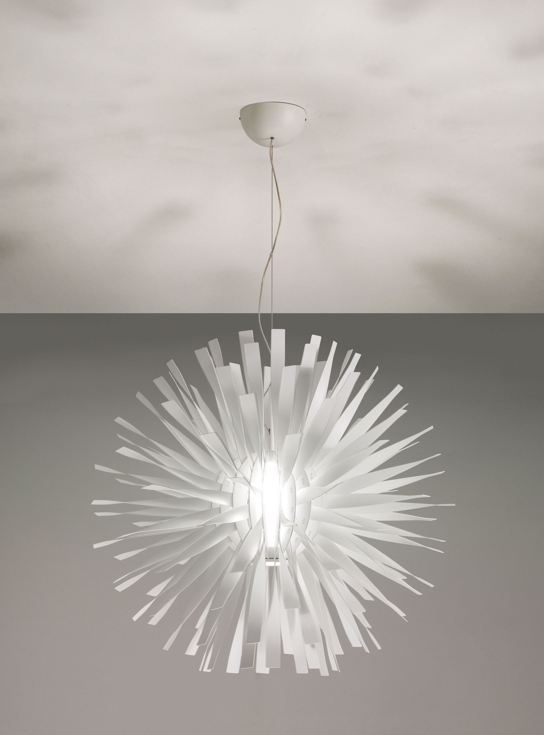 aluminium pendant lamp alrisha axo light line by axo light design brian rasmussen. Black Bedroom Furniture Sets. Home Design Ideas