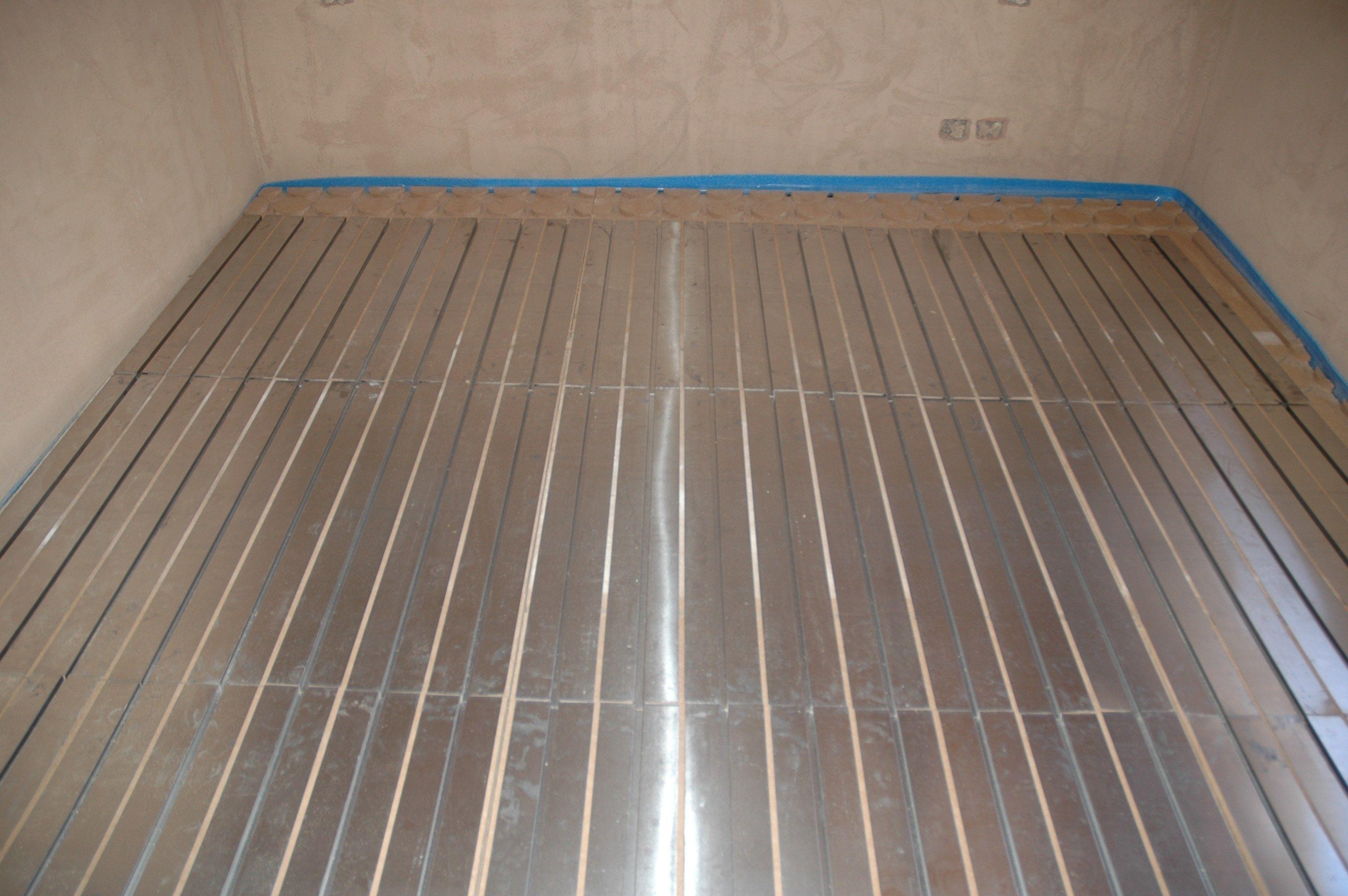 Wood fibre radiant floor panel klimapan by nordtex for Wood floor panels