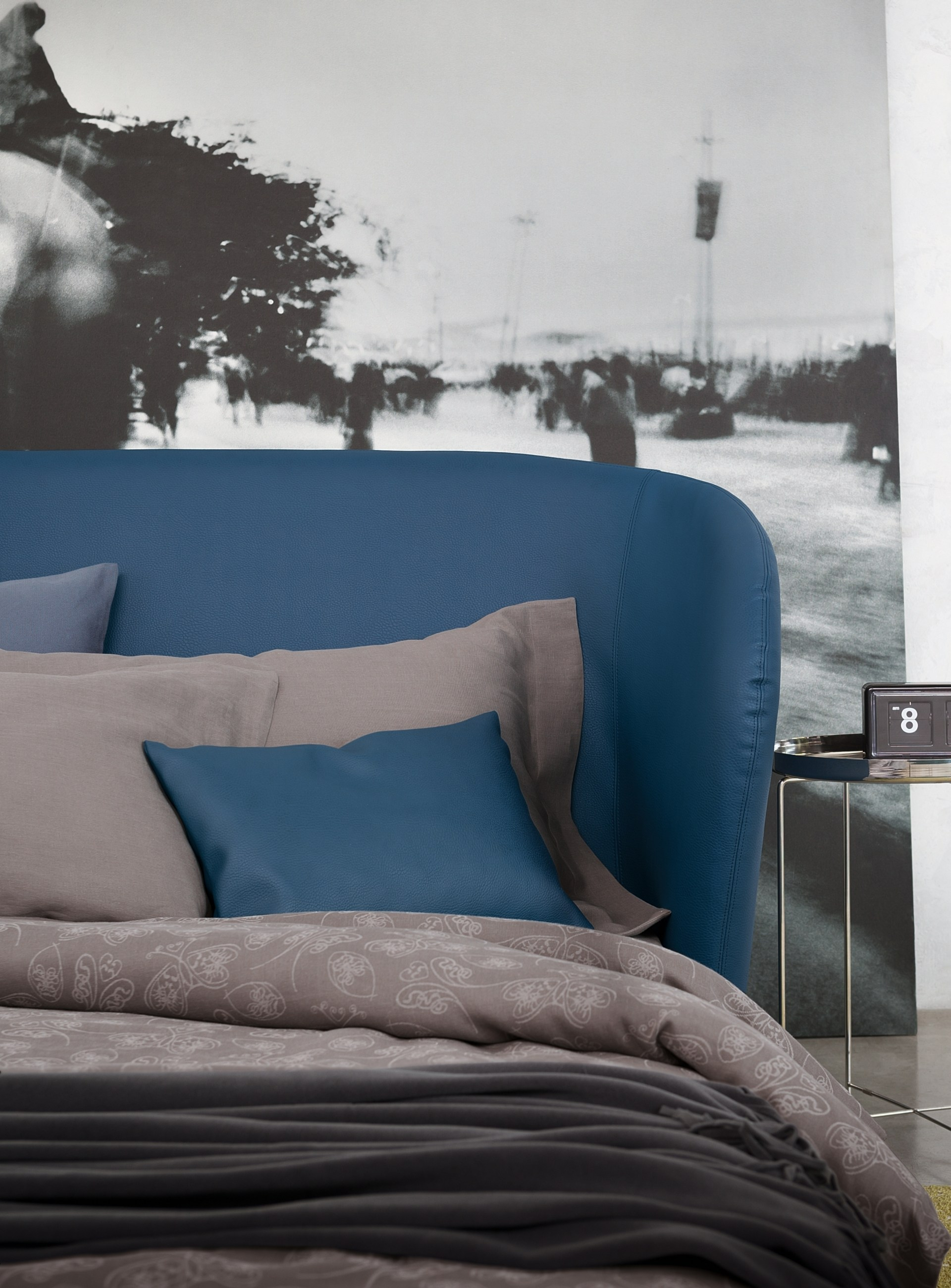 C line sofa bed by flou design riccardo giovanetti for Sofa bed 90x200
