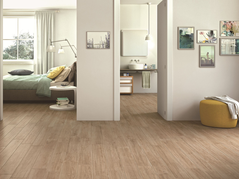 Pavimento in gres porcellanato smaltato effetto legno woodcomfort by ragno - Piastrelle in laminato ...
