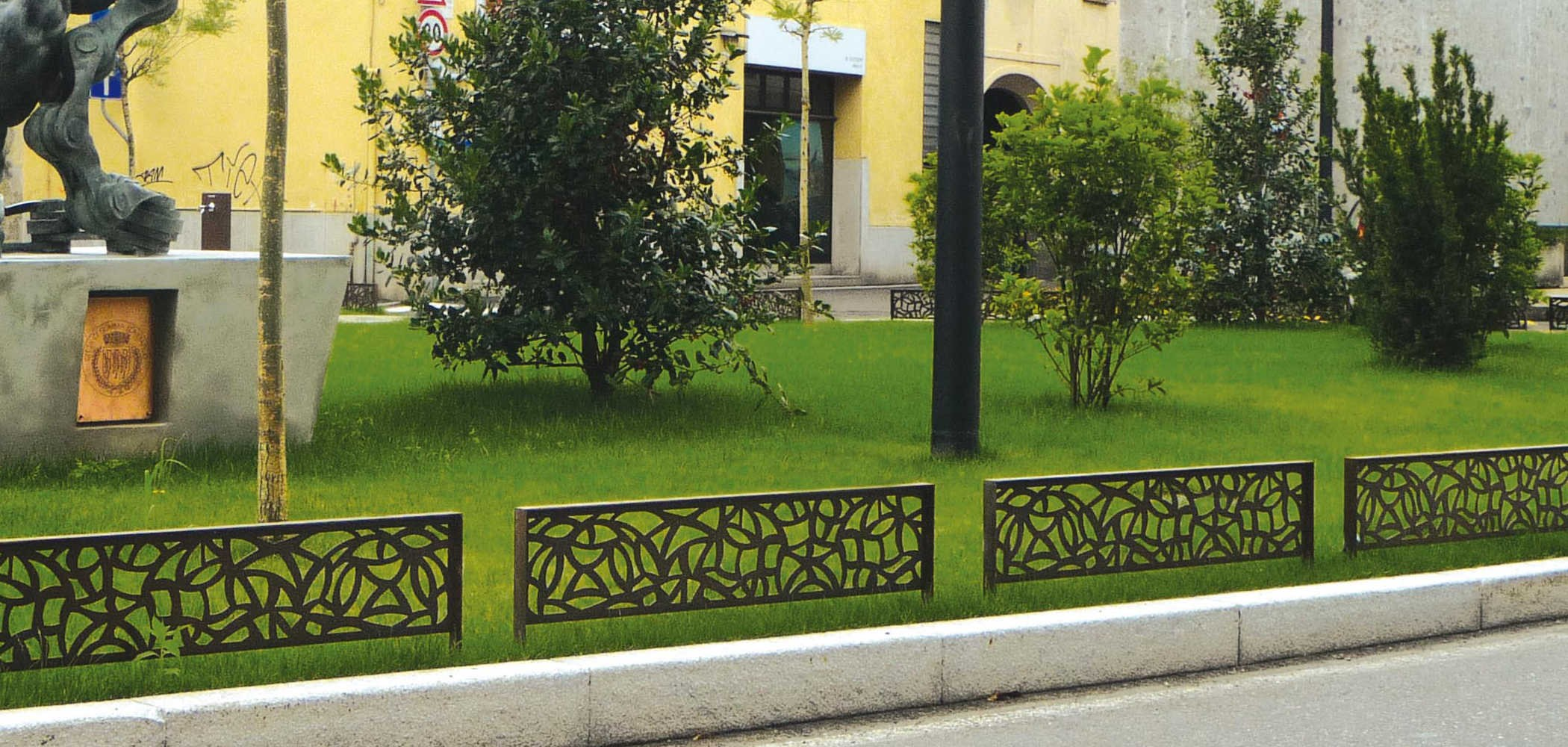 Barrière de ville en Corten™ GALA by Metalco design Marc Aurel