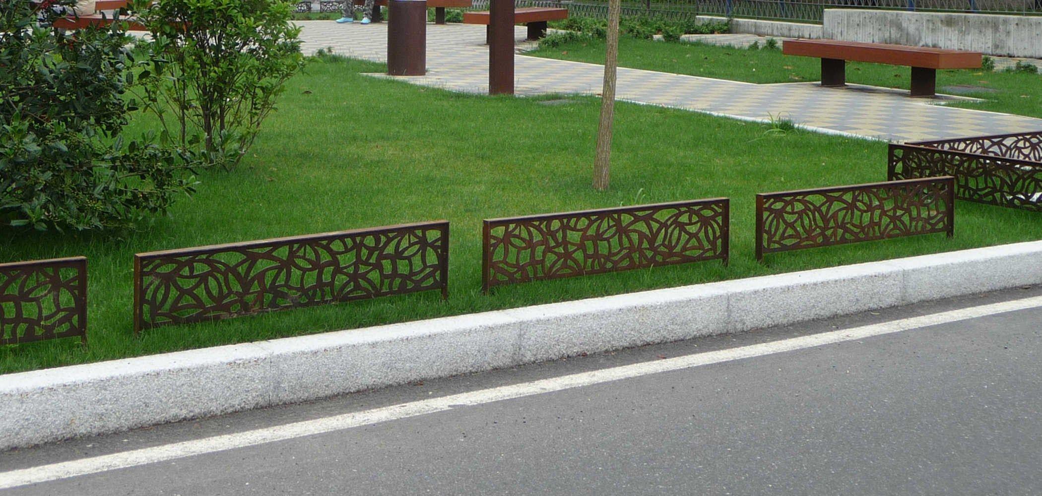 mobiliario urbano jardim : mobiliario urbano jardim:VEDAÇÃO DE CORTEN™ GALA BY METALCO