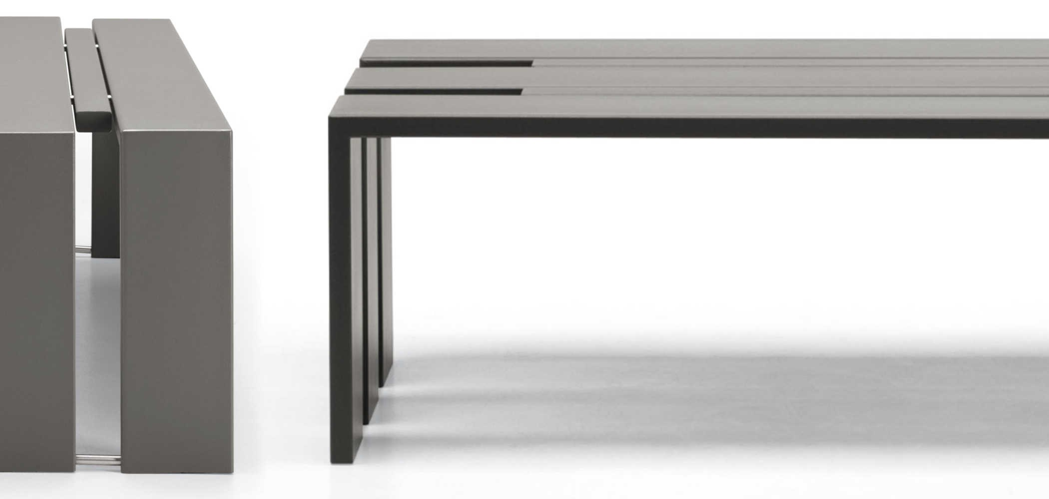 banc en acier sans dossier toso by metalco design pio. Black Bedroom Furniture Sets. Home Design Ideas