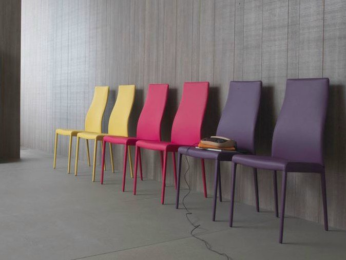 Hayworth sedia con schienale alto by italy dream design for Sedie ecopelle colorate