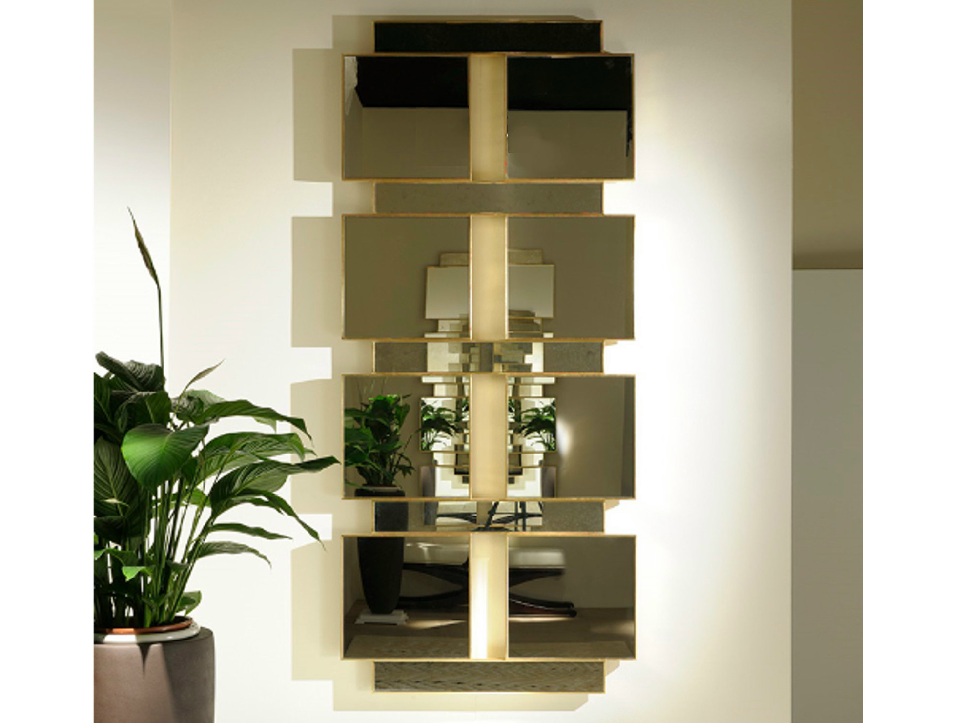 Art deco milano miroir mural by transition by casali for Deco miroir mural