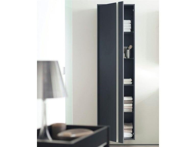 meuble pour salle de bain haut suspendu avec rangement. Black Bedroom Furniture Sets. Home Design Ideas