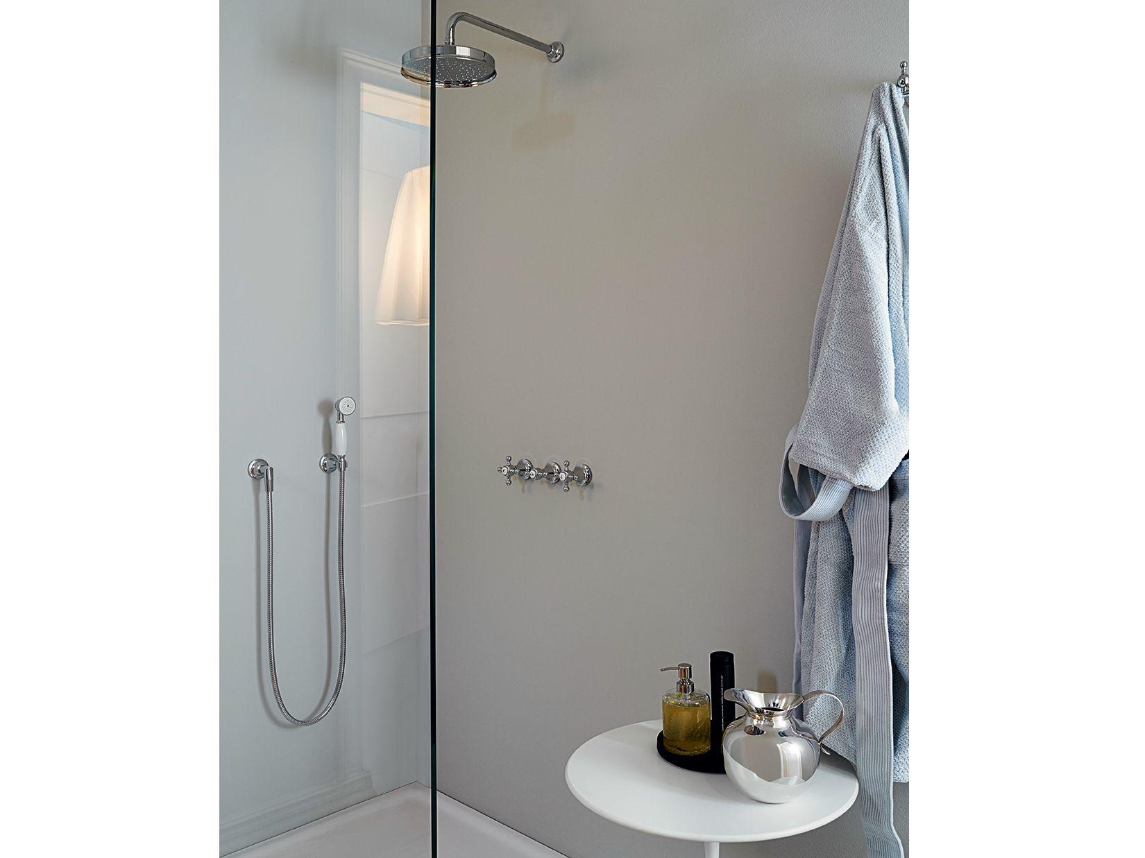 Agor grifo para ducha con ducha de mano by zucchetti for Grifos de ducha termostaticos precios