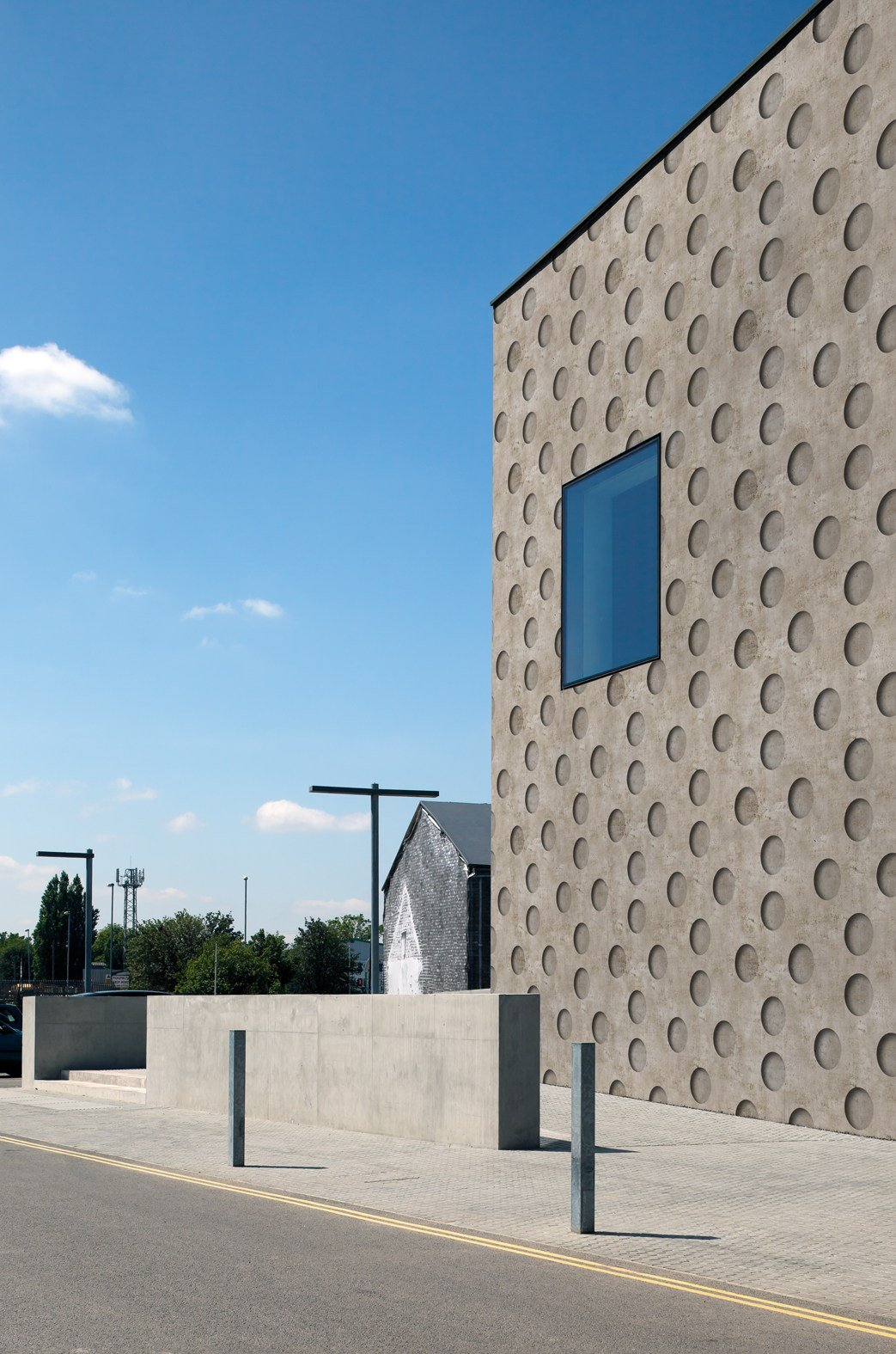 Wall And Deco Outdoor Wallpaper : Dotted outdoor wallpaper negative by wall dec? design bpm