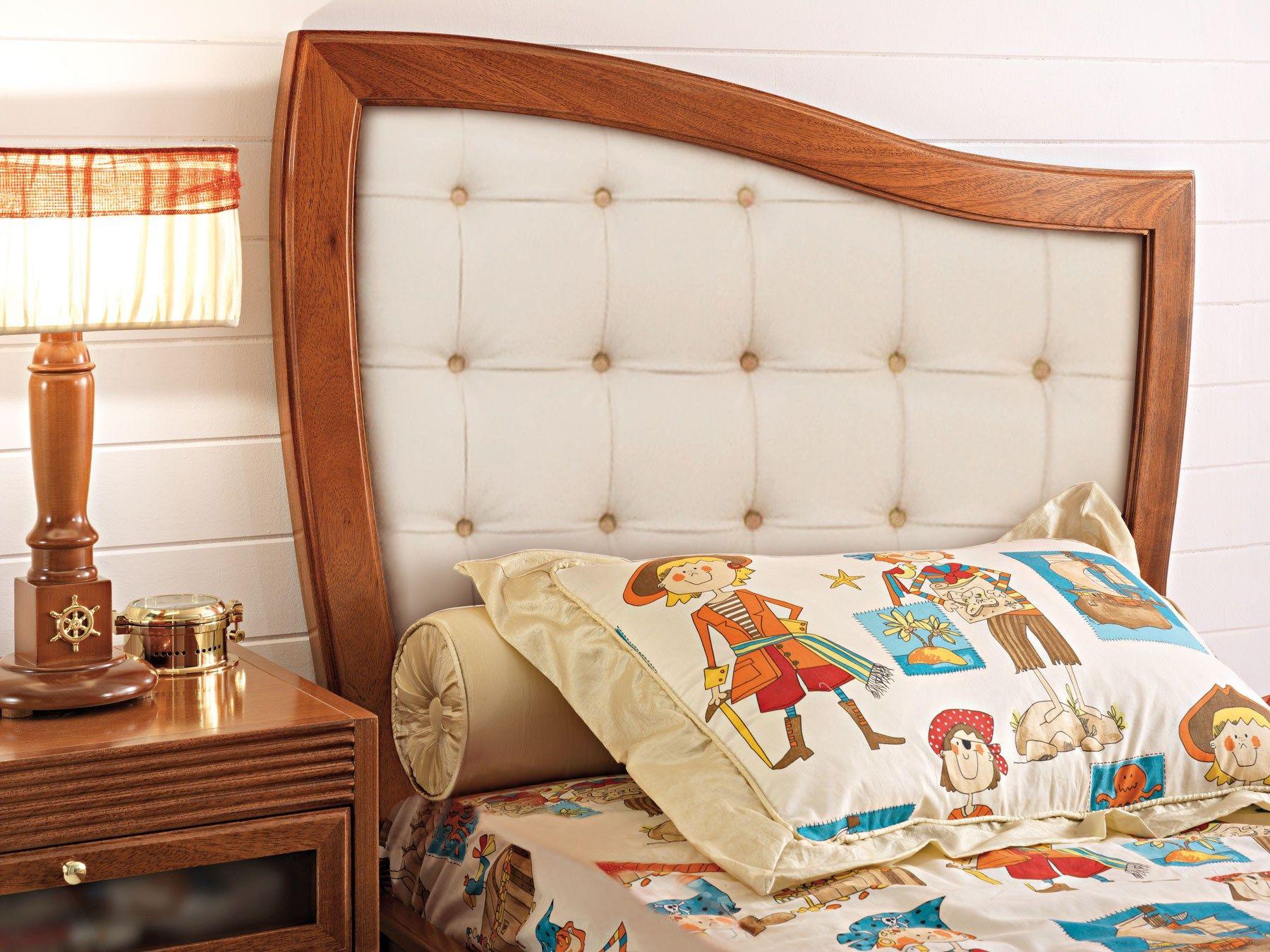 Pirata cama con cabecera tapizada by caroti - Cabeceras de cama de madera ...