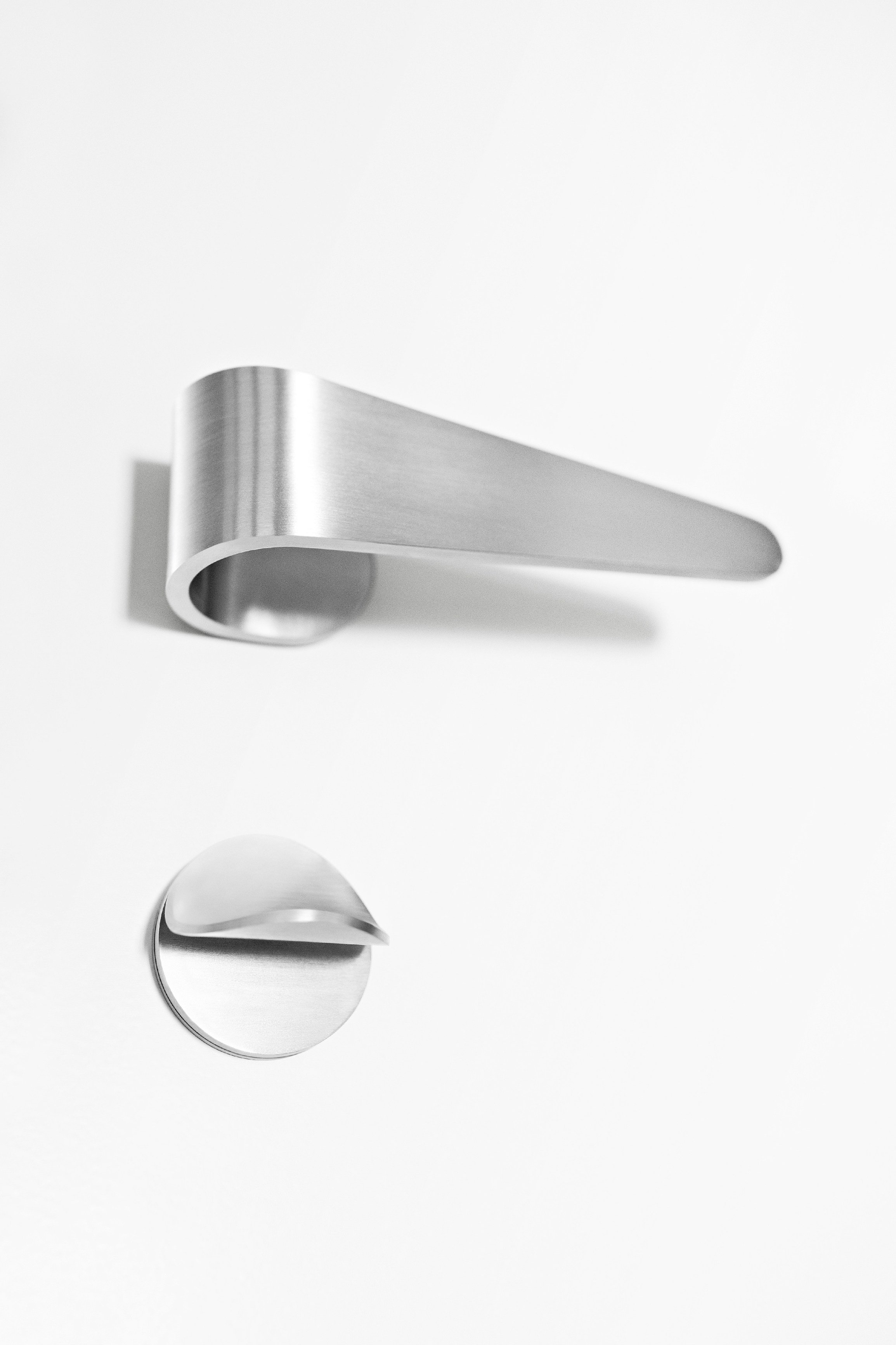Fold Door Handle With Lock By Formani Holland B V Design