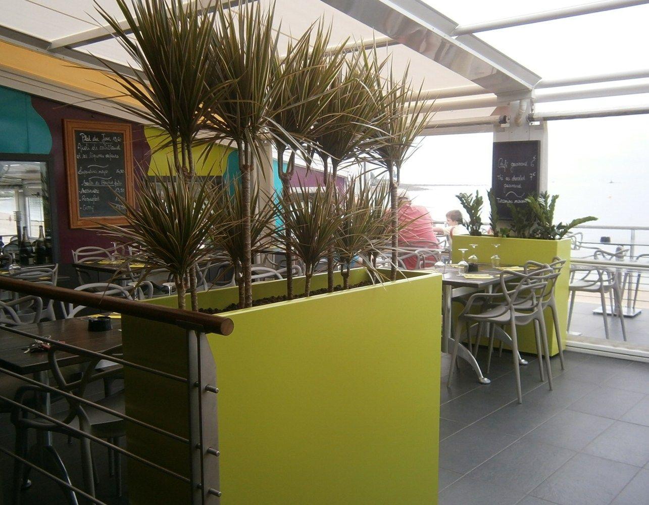 jardini re en fibre ciment bacs indoor sur roulettes by image 39 in by atelier so green design. Black Bedroom Furniture Sets. Home Design Ideas