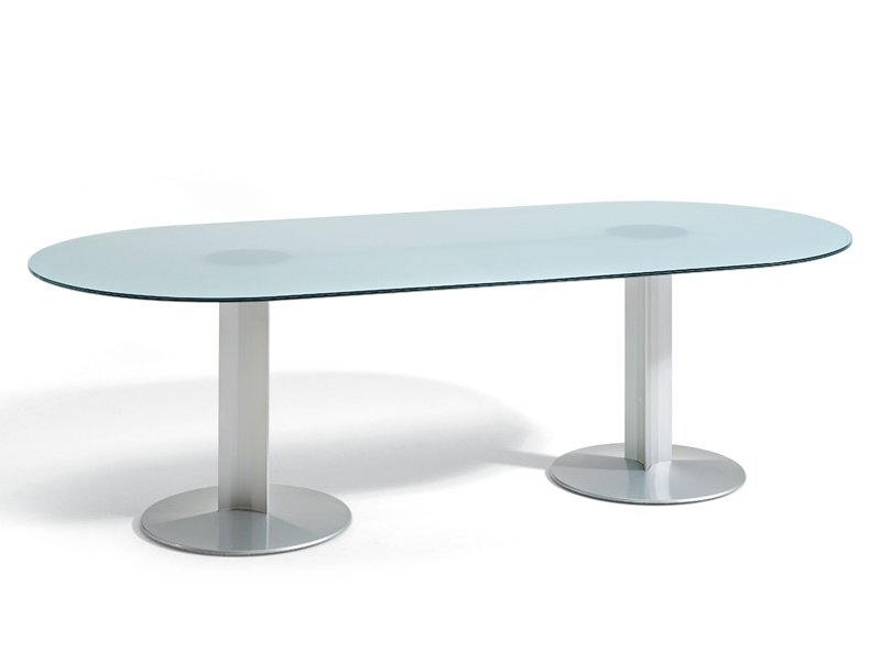 Peana table ovale by actiu for Nettoyer table en verre