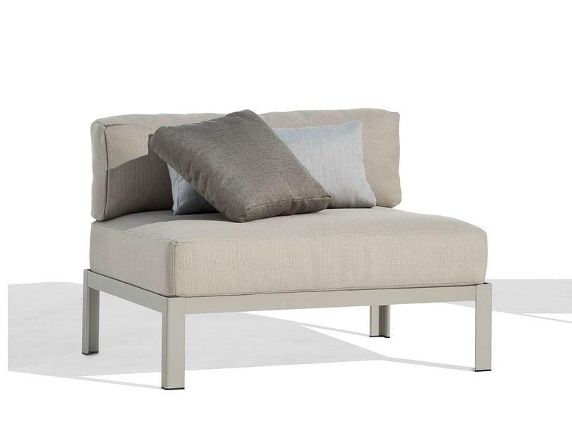 Nak sof modular by bivaq dise o andr s bluth for Sofa modular jardin
