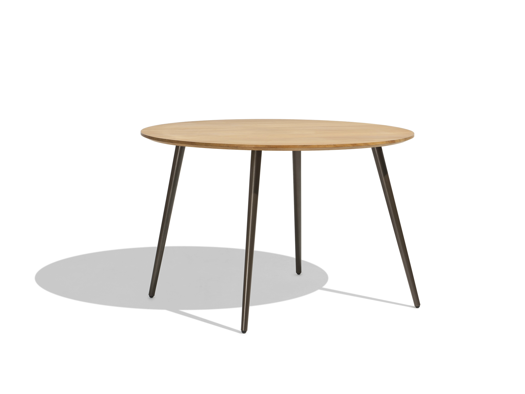Vint round table by bivaq design andr s bluth - Table ronde plateau verre ...