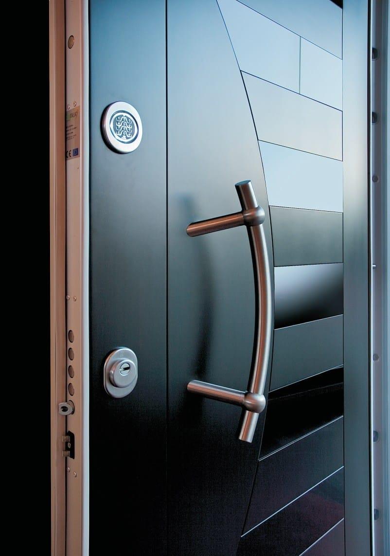 Panel para puertas blindadas en acero y vidrio segni s701 for Puertas blindadas