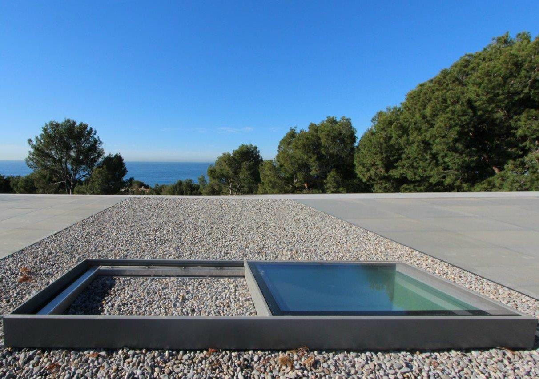 Finestra da tetto in alluminio horizon slim home of - Finestra da tetto prezzi ...