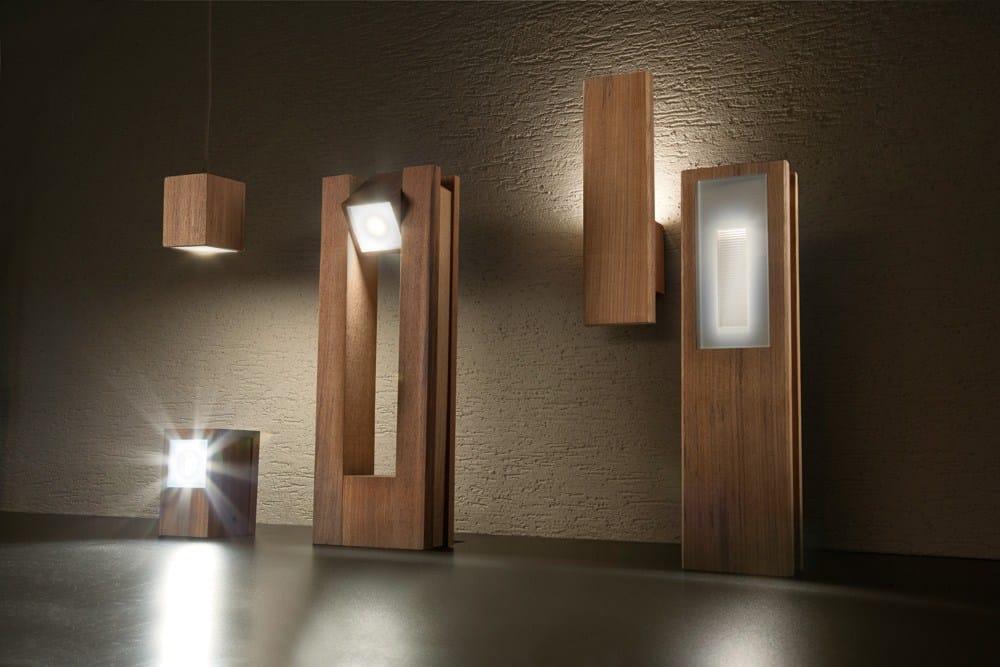 LAMPADA DA PARETE IN TEAK LEGNO STYLE 60Q WALL SERIE LEGNO STYLE BY LOMBARDO  DESIGN MIRKO SALVONI