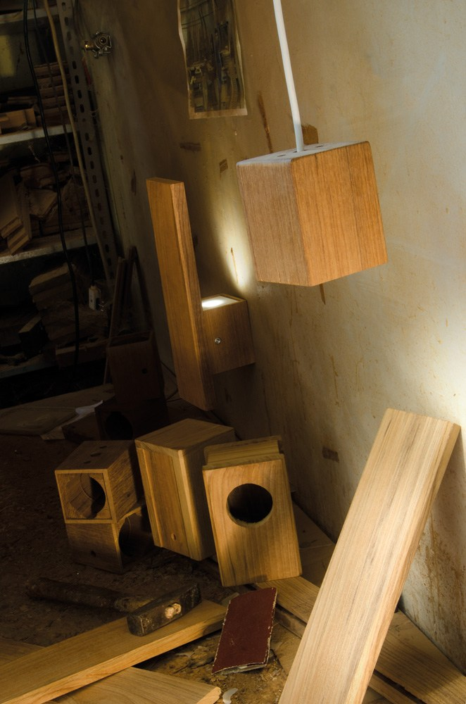 Teak wall lamp LEGNO STYLE 60Q WALL by Lombardo design Mirko Salvoni