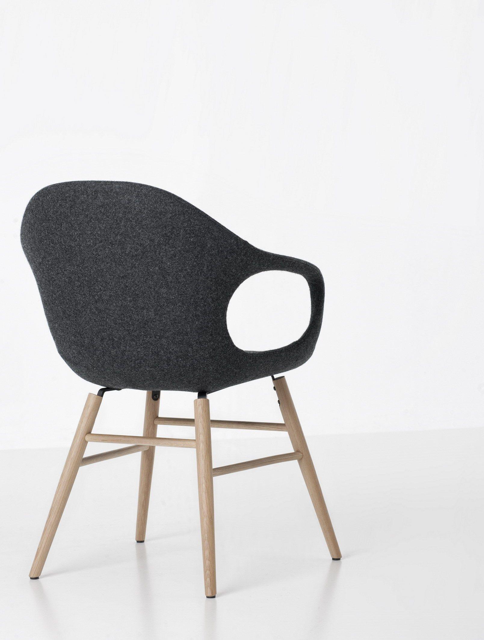 stuhl aus stoff mit armlehnen elephant upholstered by. Black Bedroom Furniture Sets. Home Design Ideas