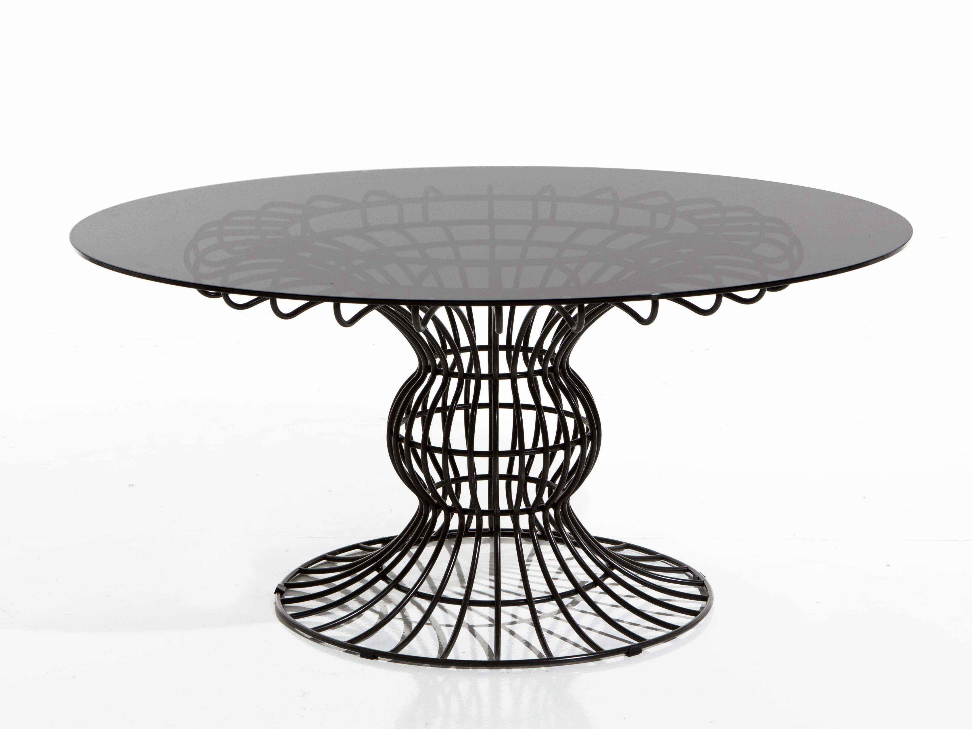 Sirio mesa de jard n redonda by samuele mazza outdoor - Mesas de hierro para jardin ...