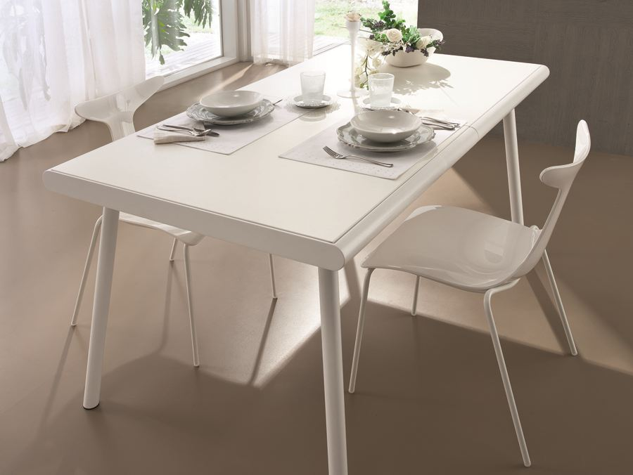 Table extensible rectangulaire samoa by ciacci for Table extensible rectangulaire