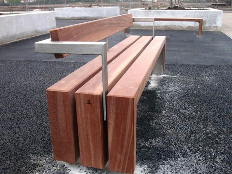 Bloc wood banc avec dossier by factory street furniture - Banc en bois avec dossier ...