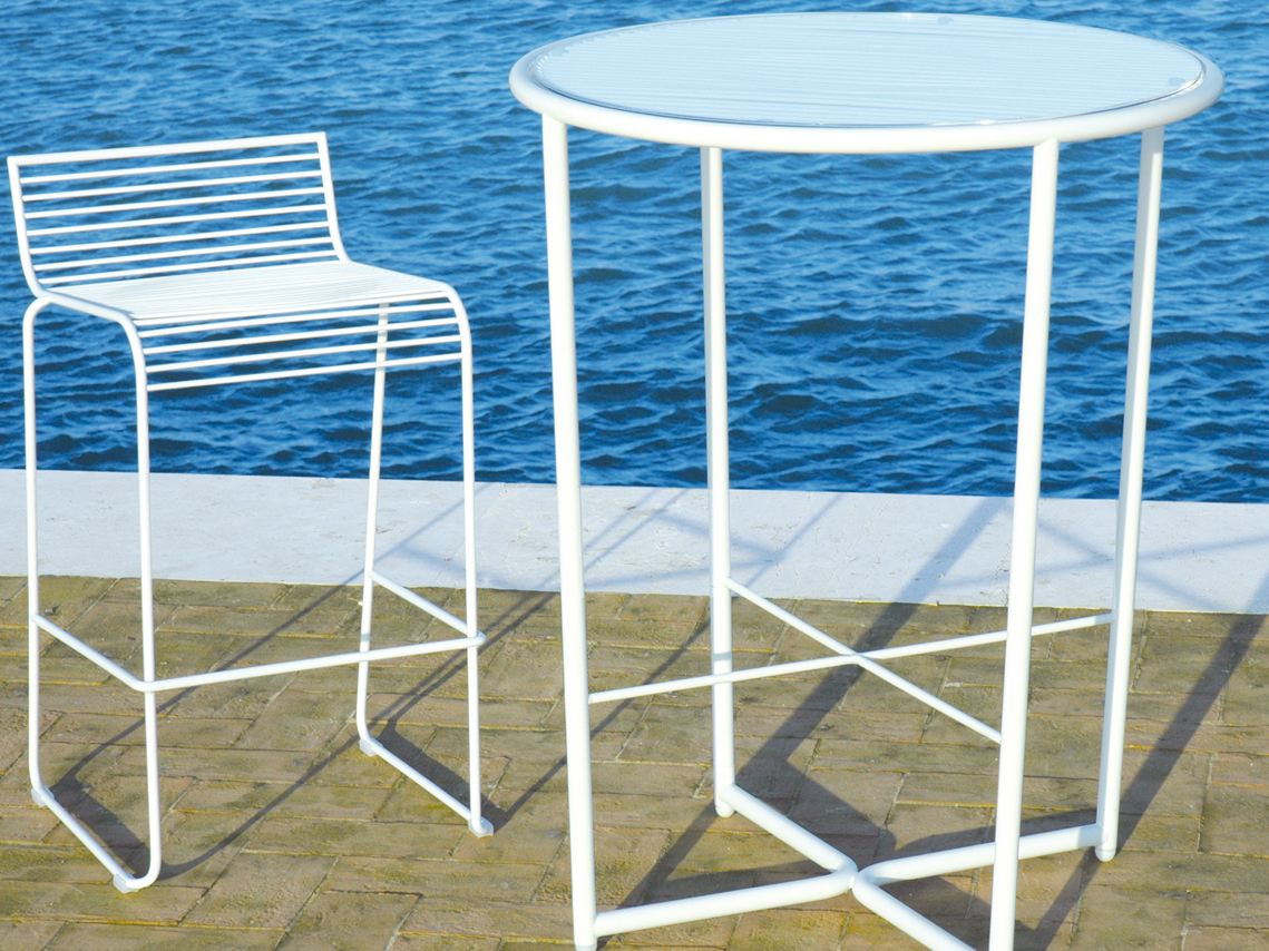 Grid high table by ciacci design karim rashid for Table grid design