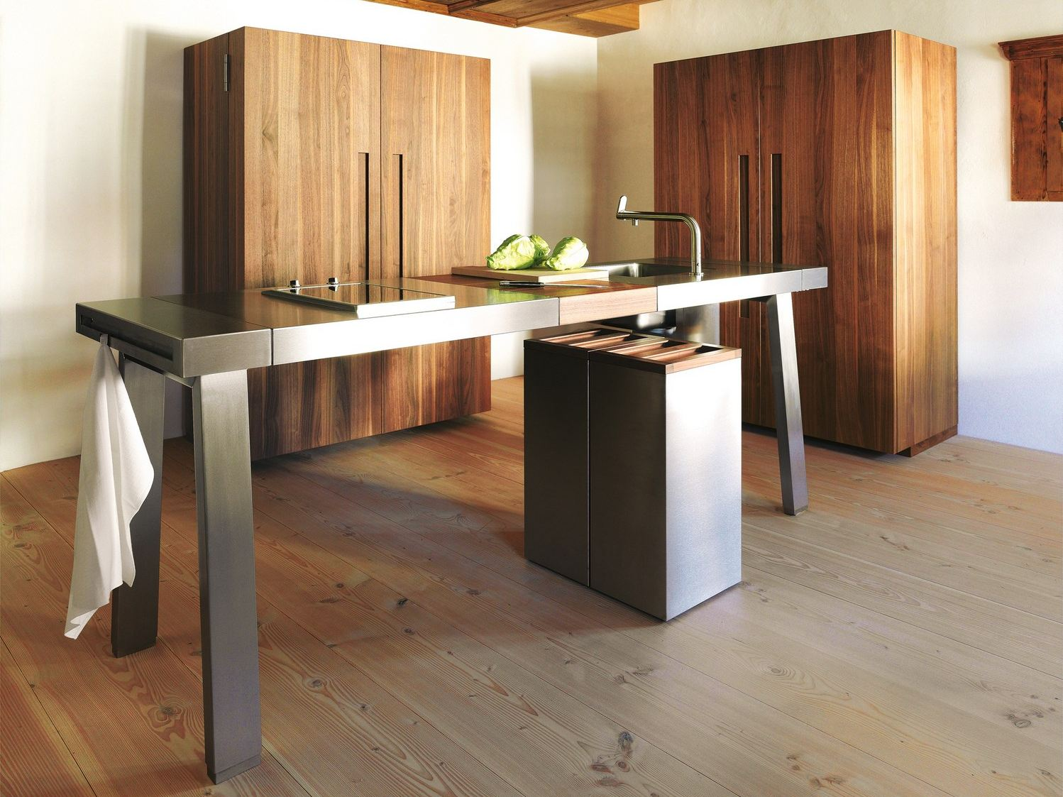 fitted kitchen b2 by bulthaup design eoos. Black Bedroom Furniture Sets. Home Design Ideas