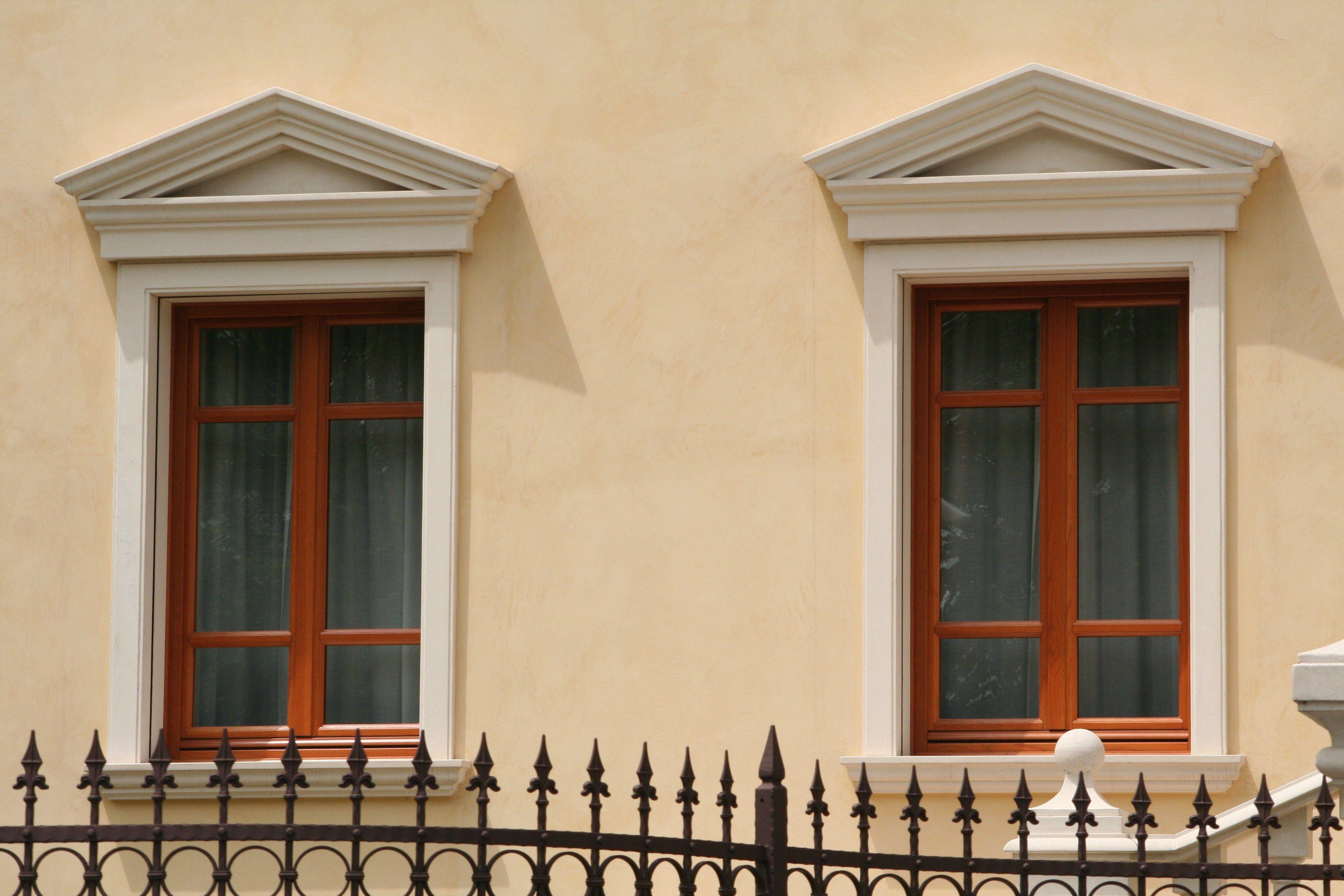 Cucina con panca - Soglie per finestre moderne ...