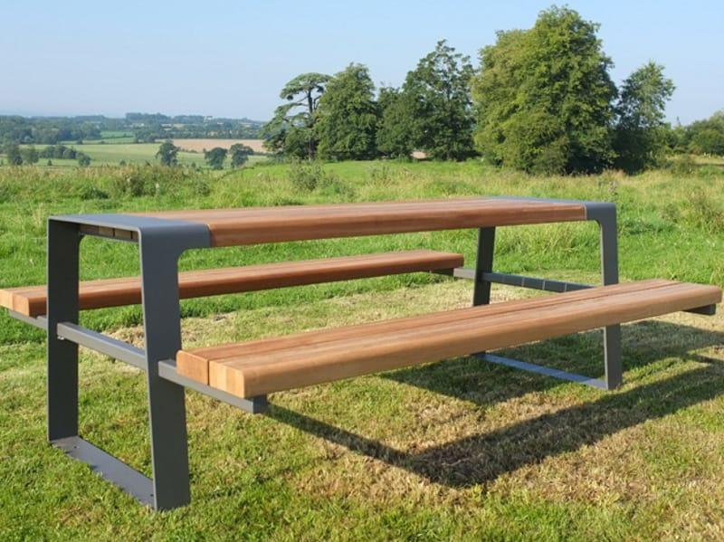 Murton table pour espaces publics avec bancs int gr s by - Table et banc cuisine ...