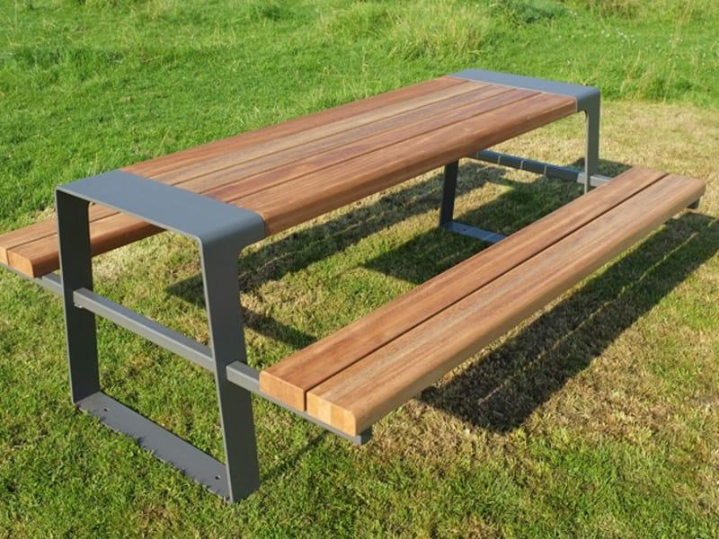 fr produits  murton table pour espaces publics en acier et bois avec bancs integres factory furniture
