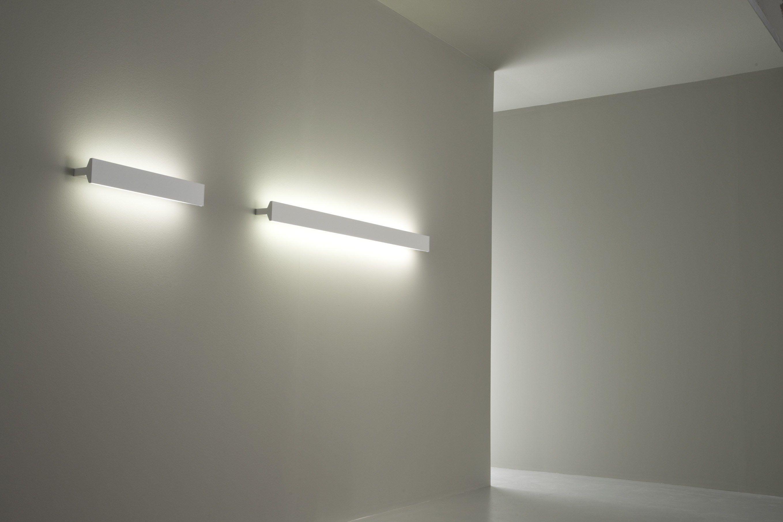 Lampada da parete fluorescente in alluminio ipe w1 by - Lampada da parete design ...