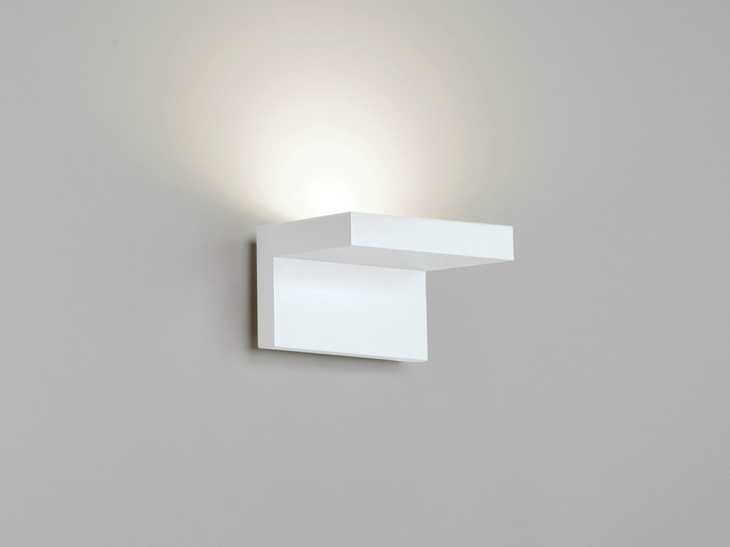 Design LED indirect light wall light STEP W0 by Rotaliana ...