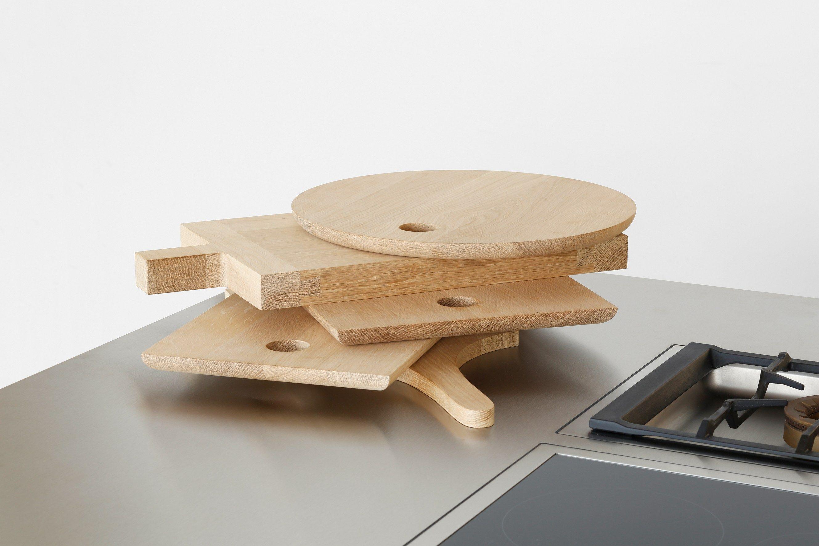 schneidebrett aus holz slice by e15 design philipp mainzer. Black Bedroom Furniture Sets. Home Design Ideas