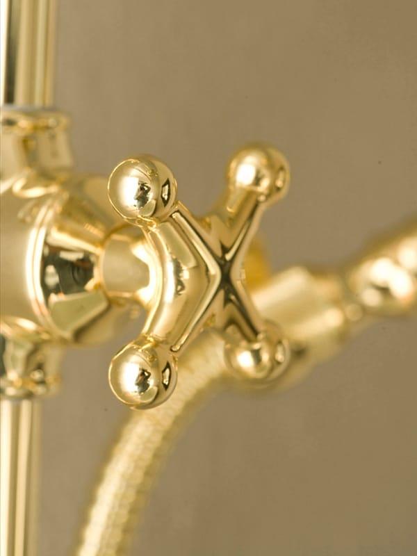 colonne de douche multifonction avec t te de douche retro by bossini. Black Bedroom Furniture Sets. Home Design Ideas
