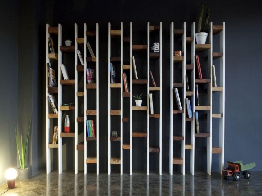 costruire parete di legno : R60 Libreria in faggio by Kann Design design Nicola Santini, Pier ...