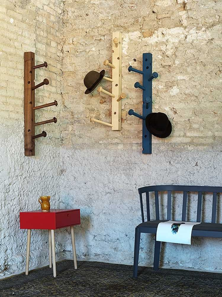 Wall mounted wooden coat rack SPILLO by Miniforms