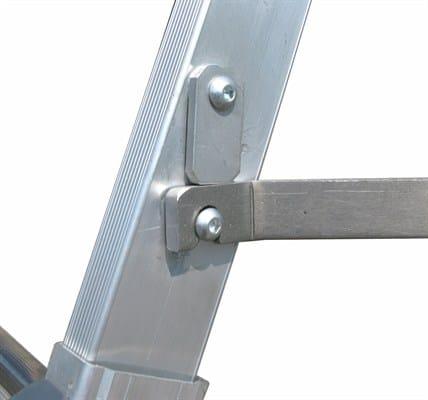 Scala professionale in alluminio 1980 by frigerio carpenterie for Staffe per mensole richiudibili