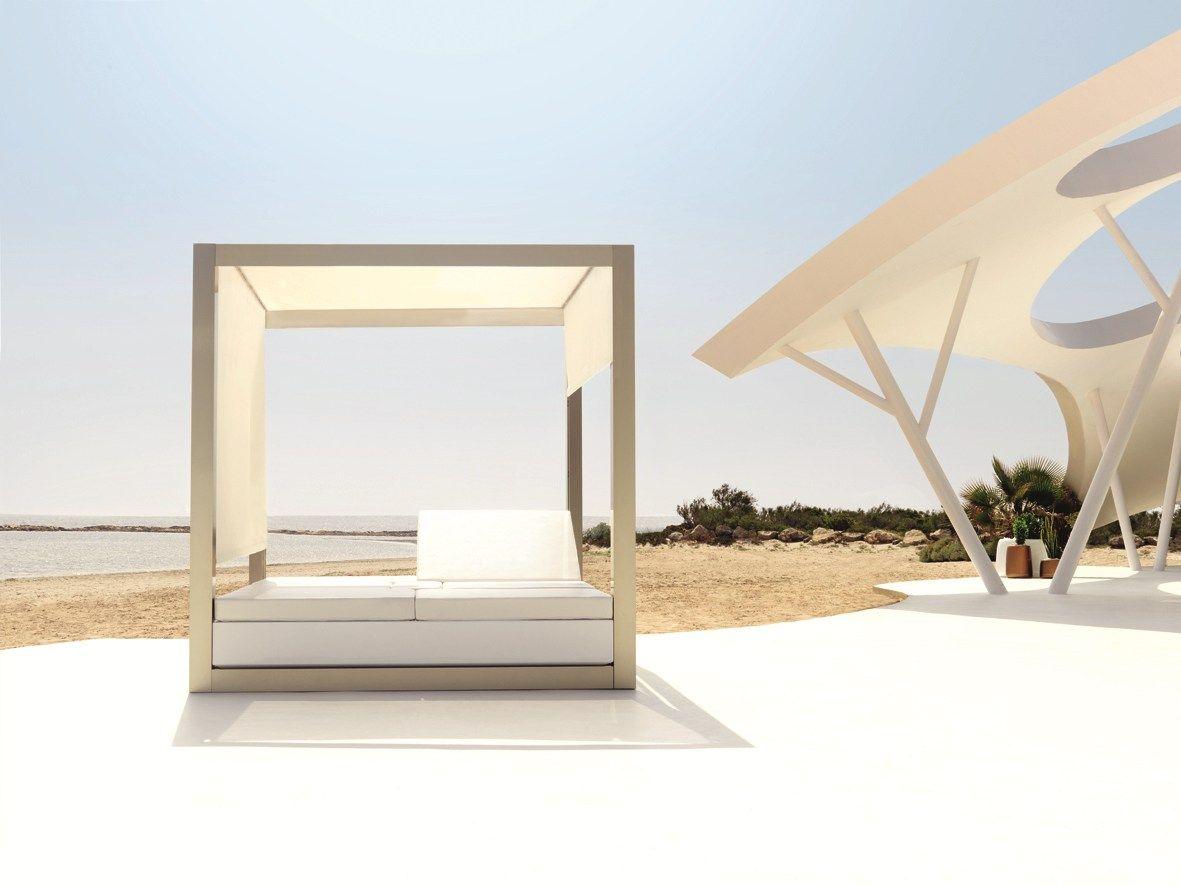 double recliner garden bed daybed vela by vondom design. Black Bedroom Furniture Sets. Home Design Ideas