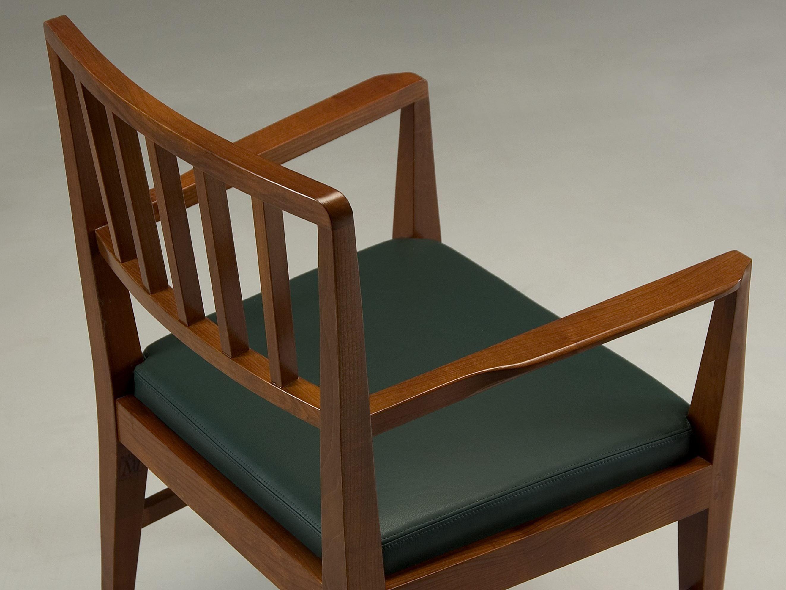 Affordable sedie con braccioli with sedie con braccioli for Sedie con braccioli