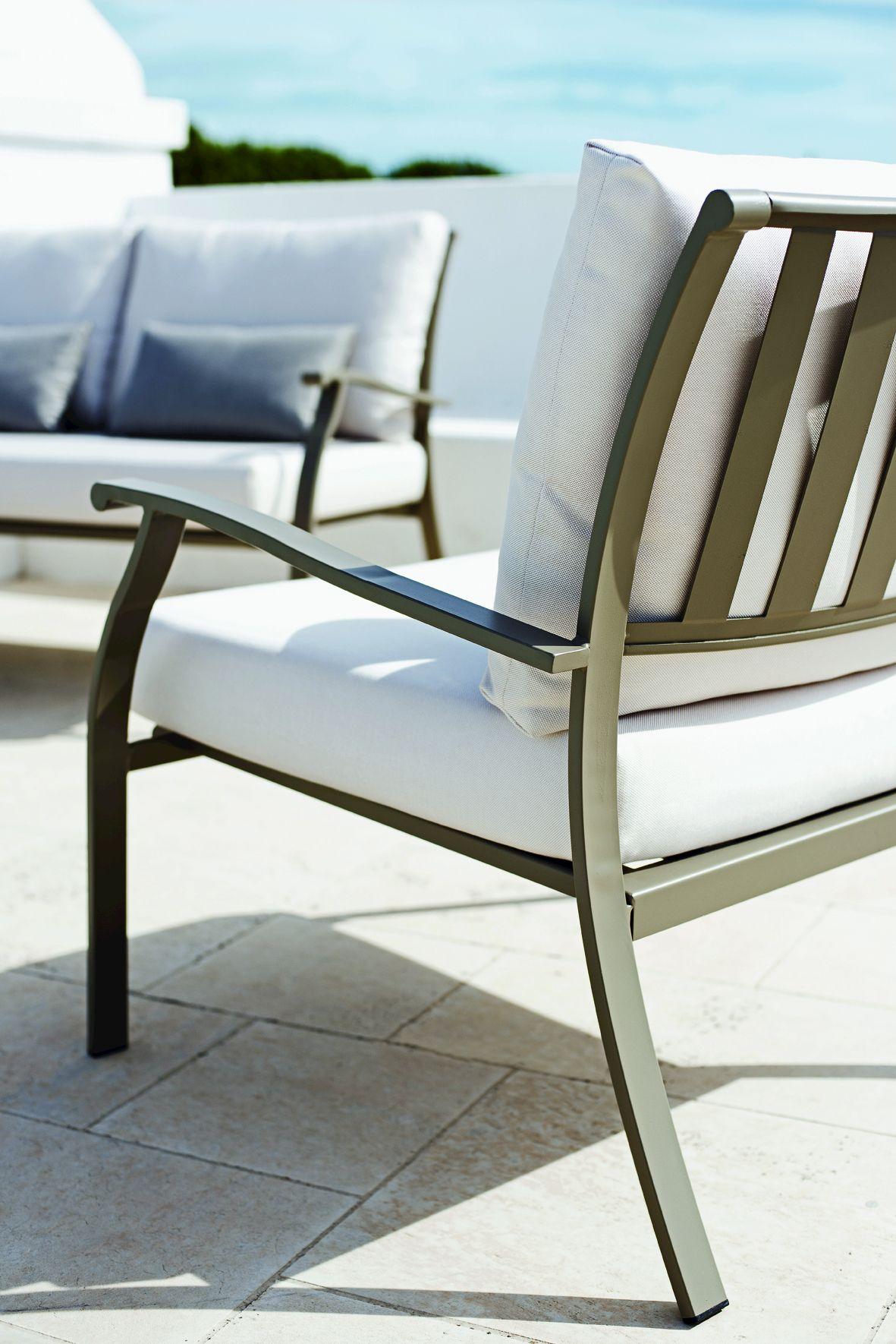 poltrona da giardino con braccioli elisir poltrona da giardino ethimo. Black Bedroom Furniture Sets. Home Design Ideas
