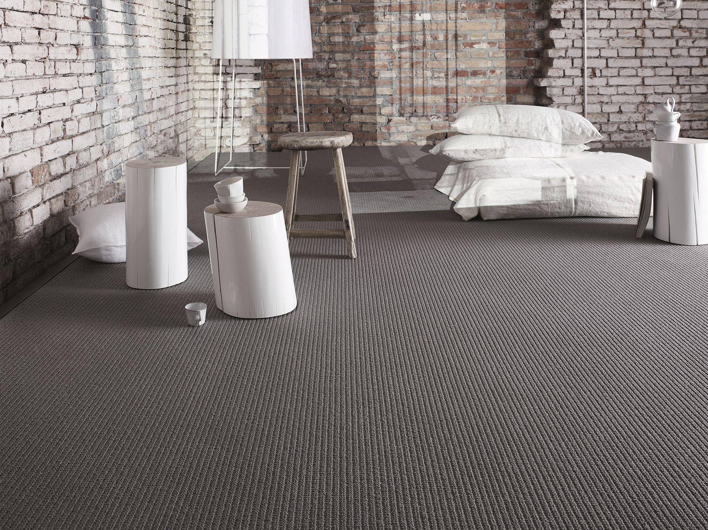 Moquette uni ritz 900 by object carpet gmbh design matteo thun for Moquette motif parquet