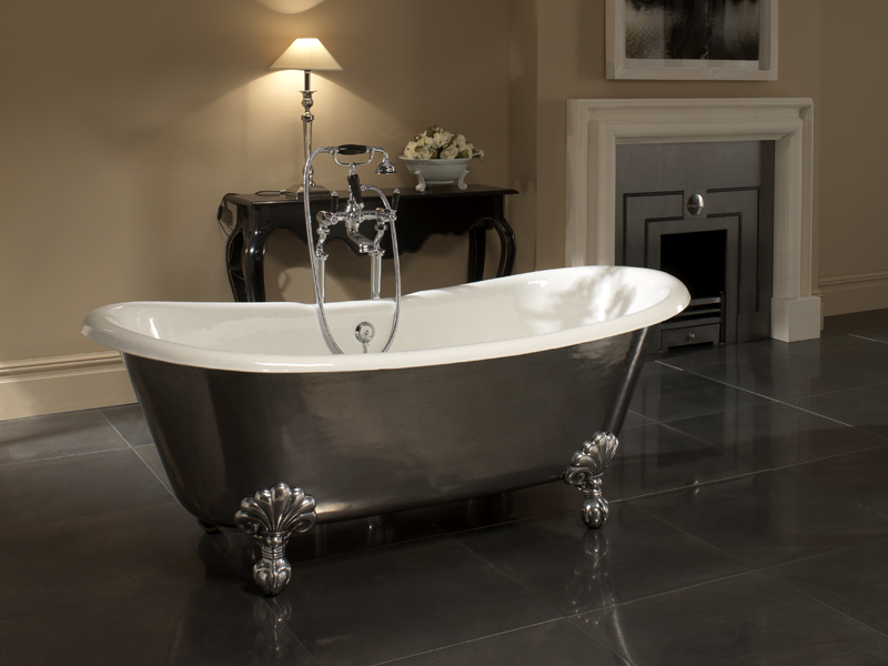 Vasca da bagno in ghisa admiral lux by devon devon - Vasche da bagno esterne ...