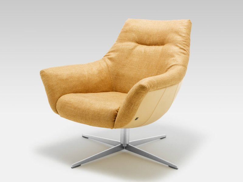 Swivel fabric armchair with 4 spoke base rolf benz 566 by for Rolf benz 566