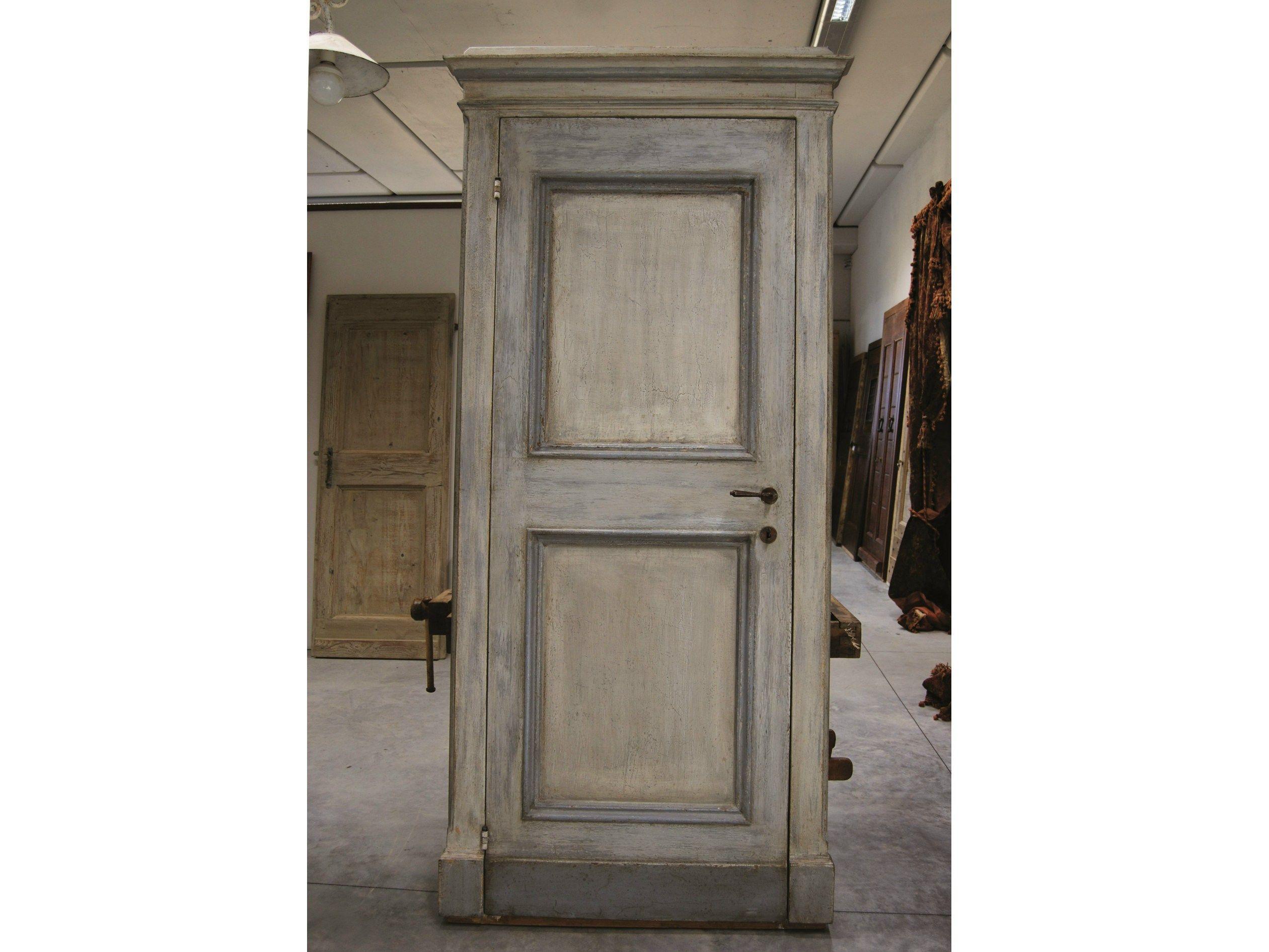 Wooden door old door 10 by bleu provence for 10 door