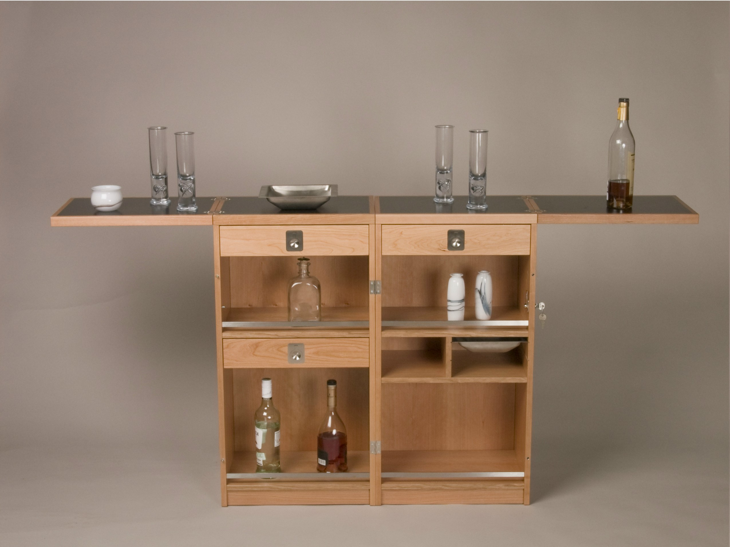 Muebles minibar madera 20170827225946 for Bar portatil madera