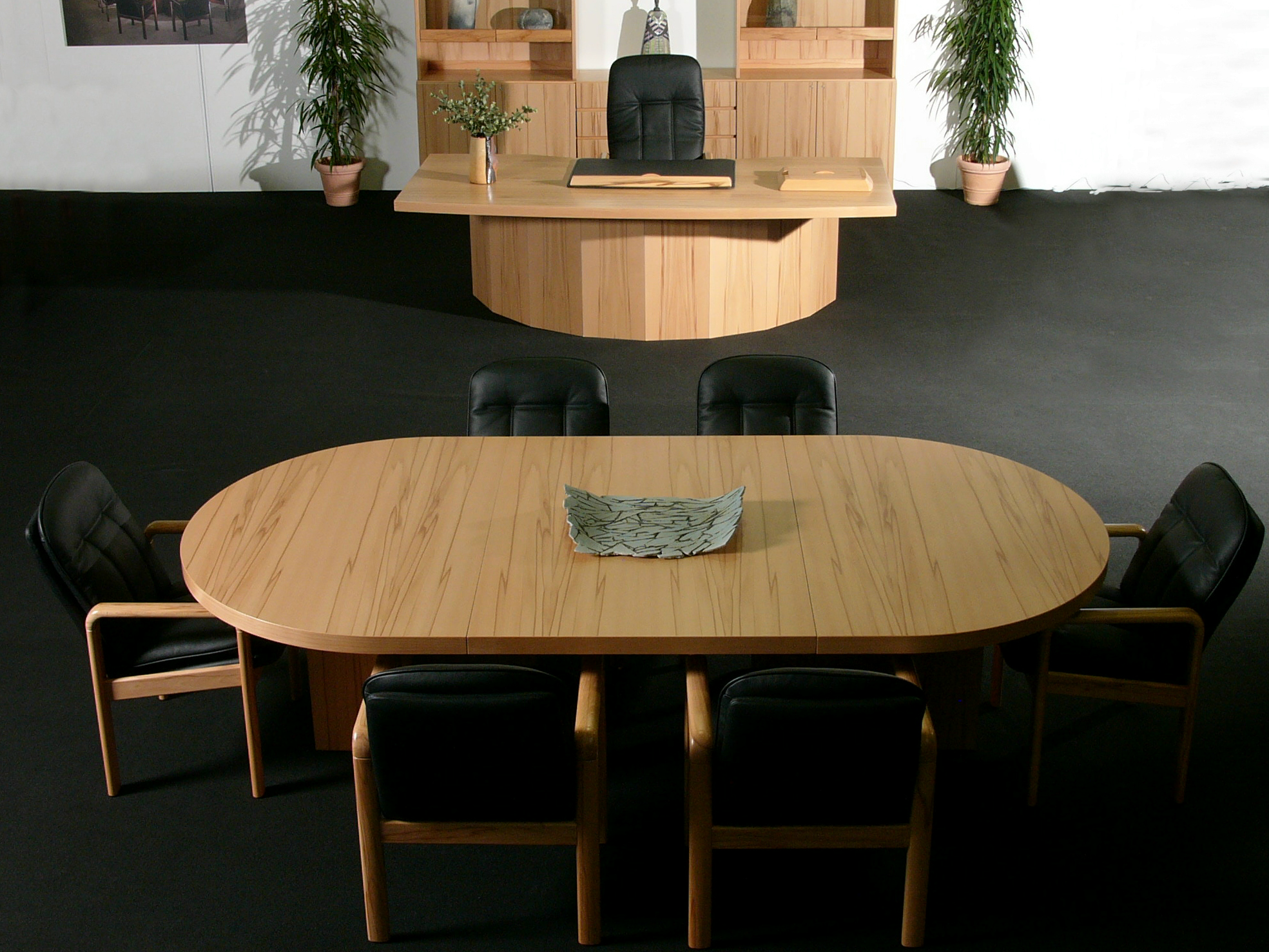 Mesa de reunião oval de madeira STARLINE Mesa de reunião oval  #A56927 1969x1477