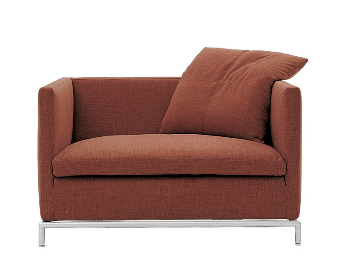 fauteuil rembourr en tissu avec accoudoirs collection george by b b italia design antonio. Black Bedroom Furniture Sets. Home Design Ideas