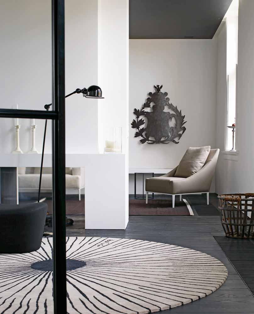 Jean armchair by b b italia design antonio citterio for B b italia novedrate