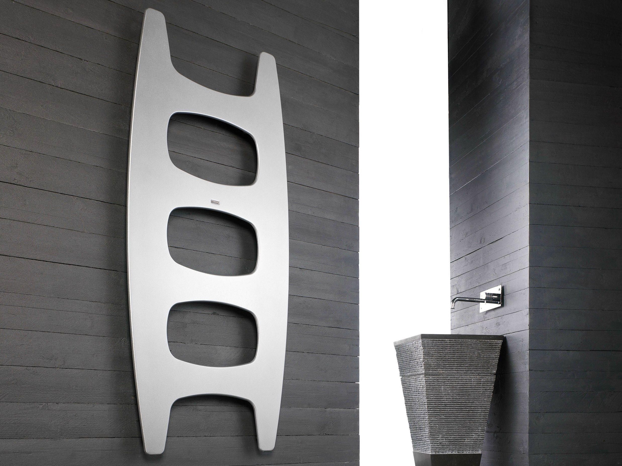 Movie termoarredo ad acqua calda by cordivari design for Caloriferi da arredamento